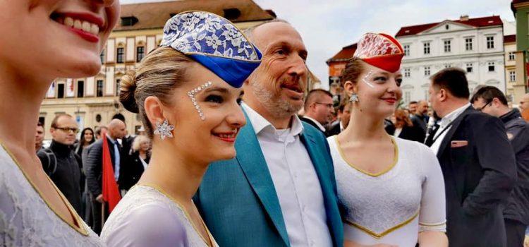 Nejdůvěryhodnějším politikem je pro Čechy Václav Klaus mladší, překonal i Babiše