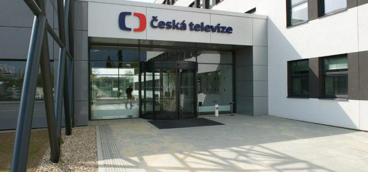 Poslanci zvolili v tajné volbě do Rady České televize Veselého, Lipovskou a Matochu