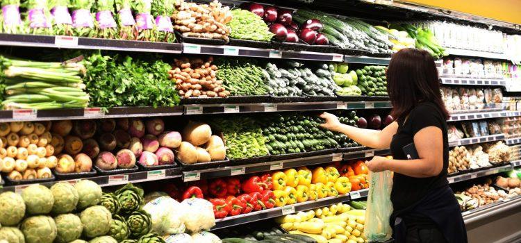 Poslanci schválili kvóty pro české potraviny v supermarketech a pokuty za dvojí kvalitu
